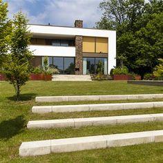 terrassierung mit der ehl weinbergmauer in der farbe weinberg schiefer und poligono maximus. Black Bedroom Furniture Sets. Home Design Ideas