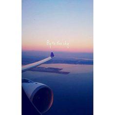 #fly to the #sky ✈ ☁   #雲 #海 #湾 #日の入り #行ってきます #飛行機 #中部国際空港 #出張 #好き #ビジネス #エンジニア #笑 #clouds #sea #ocean #sunset #airplane #missyou #love #june #business #trip #하늘 #구름 #양 #일몰 #비행기 #보고싶다 2016/06/21 23:29:36