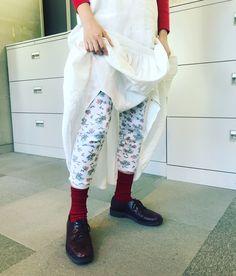 IMG_5456 2 Harem Pants, Flower, Fashion, Moda, Harem Trousers, Fashion Styles, Harlem Pants, Fashion Illustrations, Flowers