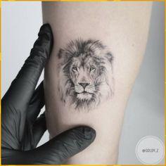 Lion Head Tattoos – Best Lion Face Design Ideas Tiny lion tattoo idea by Lion Head Tattoos, Mens Lion Tattoo, Leo Tattoos, Mini Tattoos, Trendy Tattoos, Body Art Tattoos, Small Tattoos, Sleeve Tattoos, Tattoos For Guys