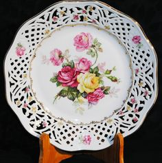 Schumann reticulated Plate with roses