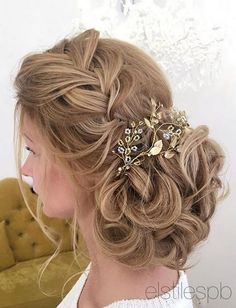 Elstile wedding hairstyles for long hair 34 - Deer Pearl Flowers / www.deerpearlflow... http://www.coniefoxdress.com/