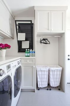 25 Ways to Give Your Small Laundry Room a Vintage Makeover Laundry room organization Small laundry room ideas Laundry room signs Laundry room makeover Farmhouse laundry room Diy laundry room ideas Window Front Loaders Water Heater Small Laundry Rooms, Laundry Room Organization, Laundry Room Design, Laundry In Bathroom, Organization Ideas, Basement Laundry, Storage Ideas, Laundry Storage, Laundry Closet