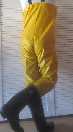 Vintage and the best rainwear from Norway ! Girls Wear, Women Wear, Pvc Trousers, Pvc Hose, Diving Wetsuits, Rain Pants, North Face Rain Jacket, Yellow Raincoat, Walking In The Rain