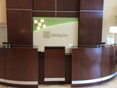 Holiday Inn Gulfport Airport front desk. Call our hotel to make your reservations 228-679-1700