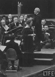 Lotte Lehmann w/ Maestro Arturo Toscanini on the podium