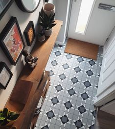 Our Denver Weycroft Tile Vinyl is perfect for high traffic areas of the home like hallways, kitchens and bathrooms 🙌 ⭐ Highly durable & hard-wearing ⭐ Easy to maintain ⭐ Slip resistance 🛒 Order your Free Samples today #FlooringSuperstore #Flooring #FlooringTrends #WoodFlooring #EngineeredWood #Home #Interiors #Interior #Laminate #Vinyl #Lvt #Carpet #Carpets #InteriorDesign #Decor #Decorating #HomeDecor #Renovating #HomeSweetHome #Bedroom #LivingRoom #Kitchen