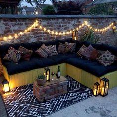 Gazebo Lighting, Backyard Lighting, Landscape Lighting, Garden Lighting Ideas Uk, Outdoor Fairy Lights, Outdoor Candles, Outdoor Decor, Autumn Garden, Summer Garden