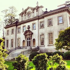 The Swan House was built in 1928 for one of Atlanta's most well-known families. Today it is a house museum and the centerpiece of the Atlanta History Center.