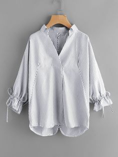 Blue V-Neck Striped Drawstring Cuff Curved Hem Blouse Look Fashion, Hijab Fashion, Fashion Outfits, Blouse Styles, Blouse Designs, Hijab Stile, Iranian Women Fashion, White V Necks, Blouse Online