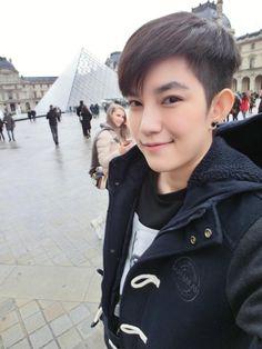 Tomboy, My Idol, Crushes, Louvre, Handsome, Traveling, Paris, Beautiful, Boys