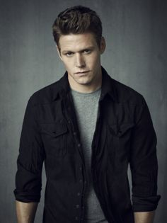 The Vampire Diaries -- Pictured: Zach Roerig as Matt -- Image Number: VD4_Matt_Grey_0954r.jpg -- Photo: Justin Stephens/The CW -- © 2013 The CW Network, LLC. All rights reserved.