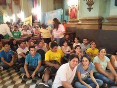La noche del sábado 3 de diciembre, en el quinto día de la novena en honor a la Virgen del Valle, los jóvenes le brindaron un colorido homenaje