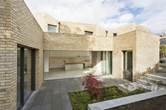 Luker House in Barnes / Jamie Fobert Architects