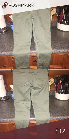 Jeggings Olive colored high waisted jeggings. Worn 1x. Pants Skinny
