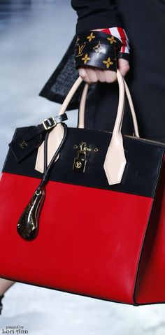 Louis Vuitton Spring 2016 Ready-to-Wear Fashion Show Details ~Melissa McInnis~ - women hand purse, leather handbag brands, purses and handbags for sale *ad Beautiful Handbags, Beautiful Bags, Louis Vuitton Handbags, Purses And Handbags, Handbags For Women, 2017 Handbags, Vuitton Bag, Fashion Handbags, Fashion Bags
