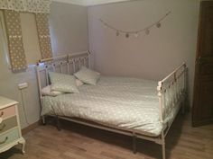 Antigua cama forja