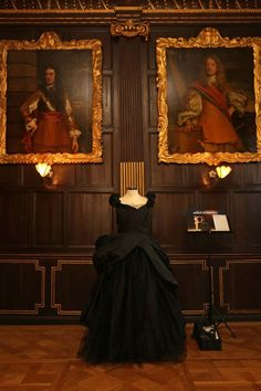 Anna Karenina Costume Exhibition - Jacqueline Durran Oscar Nomination Best…