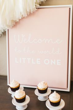 A framed canvas is simply stunning for this rustic baby shower. Kim creatively utilized Shutterfly products to create a one-of-a-kind look. Follow @tomkatstudio
