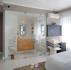 Glass doors divide bathroom - Open Bathroom Concept for Master Bedrooms - Open Bathroom, New Bathroom Ideas, Glass Bathroom, Sliding Glass Door, Glass Doors, Modern Bathroom Design, Bathroom Designs, Bath Remodel, Beautiful Bathrooms