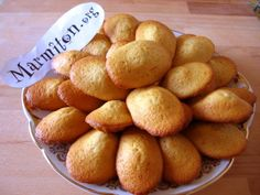 Discover recipes, home ideas, style inspiration and other ideas to try. Madeleine Recipe, Desserts With Biscuits, Tart, Buttery Biscuits, Cake Factory, Half Baked Harvest, Sweets Cake, Chocolate Recipes, Food Inspiration