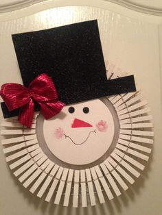 Holiday clothes pin wreaths by Theprimcrafter on Etsy
