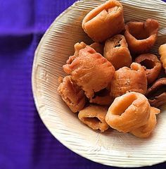 This Chettinad seepu seedai is a delicious South Indian snack and is usually made during festivals and is made using freshly extracted coconut milk. You don't have a seedai maker try it in your hands and it will definitely come out well. Store it in airtight and serve for tea time parties or as festive snack.   http://ift.tt/2ftprab #Vegetarian #Recipes