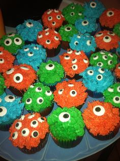 Monster cupcakes. Monster party