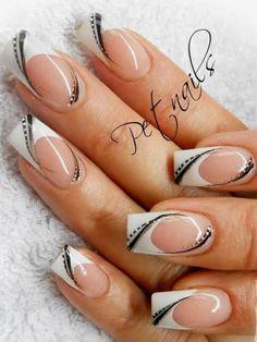 French Nail Art, French Nail Design, White French Nails, Black White Nails, Fabulous Nails, Perfect Nails, Fingernail Designs, Acrylic Nail Designs, Acrylic Nails