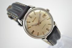 Pre-Owned and Vintage Bulova Date Manual Winding Men's Watch | All Watches