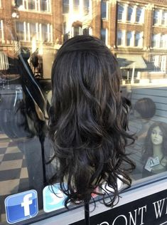 Nadia – Tess Wigs Brown Highlights, Long Curly, Styling Tools, Milwaukee, Beyonce, Ponytail, Mists, Curls, Cap