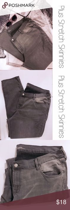 """Old Navy Plus Light Gray Stretch Skinny Jeans 18 Super soft distressed skinnies from old Navy.  30"""" inseam.  Size 18. Old Navy Jeans Skinny"""