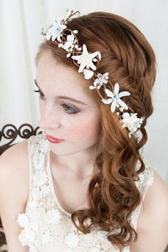 seashell hairpiece, starfish hair accessories, bridal hairpiece with crystals, beach wedding hair accessory, flower crown, aqua blue, white