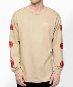 4d51fe2801 A(z) Ruha nevű tábla 40 legjobb képe   Rose t shirt, Cool shirts és ...