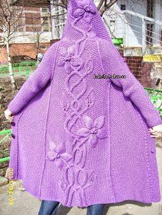 Bellísimo saco con capucha tejido en dos agujas   Crochet y dos agujas