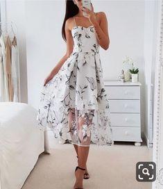 Pretty Dresses, Sexy Dresses, Beautiful Dresses, Dress Outfits, Casual Dresses, Fashion Dresses, Prom Dresses, Floral Dresses, Floral Maxi