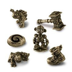 World of Warcraft Monopoly Collector's Edition board game tokens. Take your warhammer and win it all! Want more info? http://www.usaopoly.com/games/monopoly-world-warcraft-collectors-edition