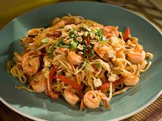 Shrimp Pad Thai Noodles... must try this