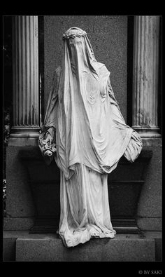 Vienna CC 01 by DieNaerrin.deviantart.com on @deviantART Location: Vienna, Central Cemetery. Those disguised ladies were really impressive. Interesting style, never seen such grave  statues before