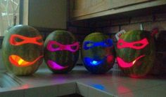 I totally want to make these Watermelon Jack-O-Lanterns for Halloween. :)