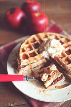 Ingredients 1/2 cup Applesauce 1/2 cup Low fat cottage cheese 3 Large egg whites 1/4 cup Vanilla protein powder 1 cup Old fashioned oats (use gluten free if sensitive) 1/2 tsp Baking powder 3-5 pkts Stevia (or 1/2-1 tbs sweetener of choice) 1/2 tsp Pumpkin pie spice (or apple pie spice) 1/2 tsp Cinnamon 1/2 Medium apple, diced into very small chunks