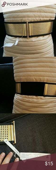 NWT sample Guess belt NWT Guess belt, this is from a sample sale so it has a tag but is not stamped with the logo or brand name. See pictures.  31 inches with elastic in the back for a bigger stretch Guess Accessories Belts