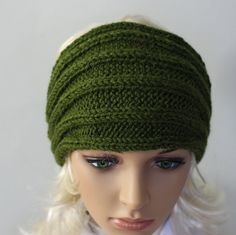 Hand knitted ladies headband. A lovely woolly by WoolyThinker
