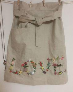 나의첫앞치마사진이잘안나온듯하여다시올린거랍니다😄😄😄 #프랑스자수 #소품 #취미생활 #부산 #인스타그램 #친구들 #맞팔 #앞치마#embroidery #needlework