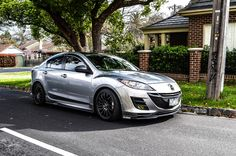 Nice Mazda 3 with black rims