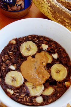 "Chocolate and Banana ""Baked"" [microwaved] Oatmeal"
