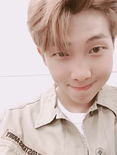 Rap Monster ❤ [BTS Trans Tweet] 이거 보세요 / Look at this (OMG WHAT? ARMY?!!?! Hahdhahdhsjhs love you joojdbndndhhshs) #BTS #방탄소년단