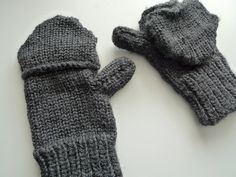 Love these!!! Men's Loom Knit Convertible Mittens on KK loom