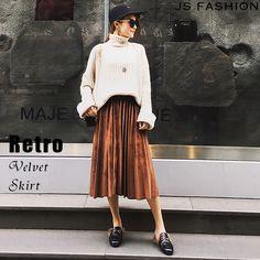 ウエストゴム・ベロアプリーツスカート・ベロアスカート・膝下スカート・ミディアム丈・大人カジュアル・エレガント・大人可愛い・デート・女子会#JSファッション #ボトムス#スカート #プリーツスカート #バイカラー #カジュアル #シンプル #かわいい #フレアライン #ブラック #モノトーン #ふんわり #個性的 #大人 #二次会 #謝恩会 #食事会 #冬 #冬コーデ #海外 #通販