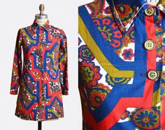 Vintage 60s Floral Tunic Button Up Mini Dress / 1960s Long Sleeve Boho Shirtdress Mod Collared Retro Bohemian Red Blue Small Medium